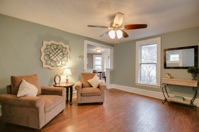 2315-Grand-St-NE-STAGING_001