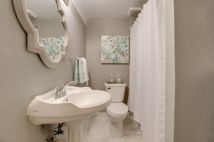 2315-Grand-St-NE-STAGING_010